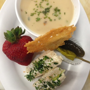 Farmers Chowder & Tea Sandwich